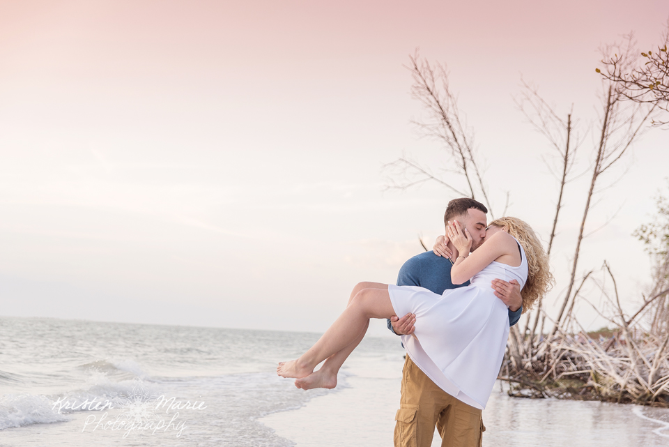 Fort Desoto Park Engagement 17